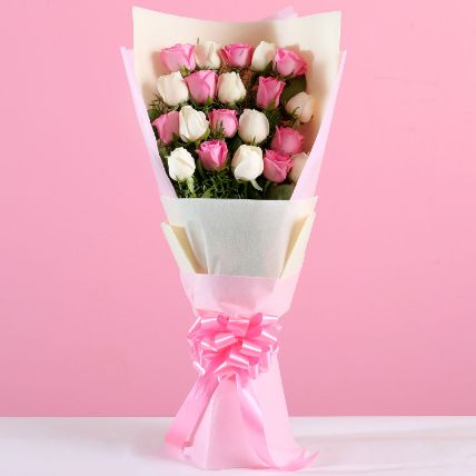 Elegant Roses Bunch: